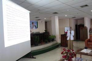 Presentasi Direktur RSUD Taman Husada Bontang di Depan Tim KARS